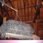 Zeegras onder de grote kap van de schuur van de Wieringer museumboerderij.
