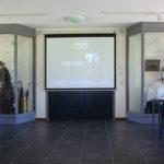 Vergaderen in de ontvangstruimte van het Wieringer Eilandmuseum